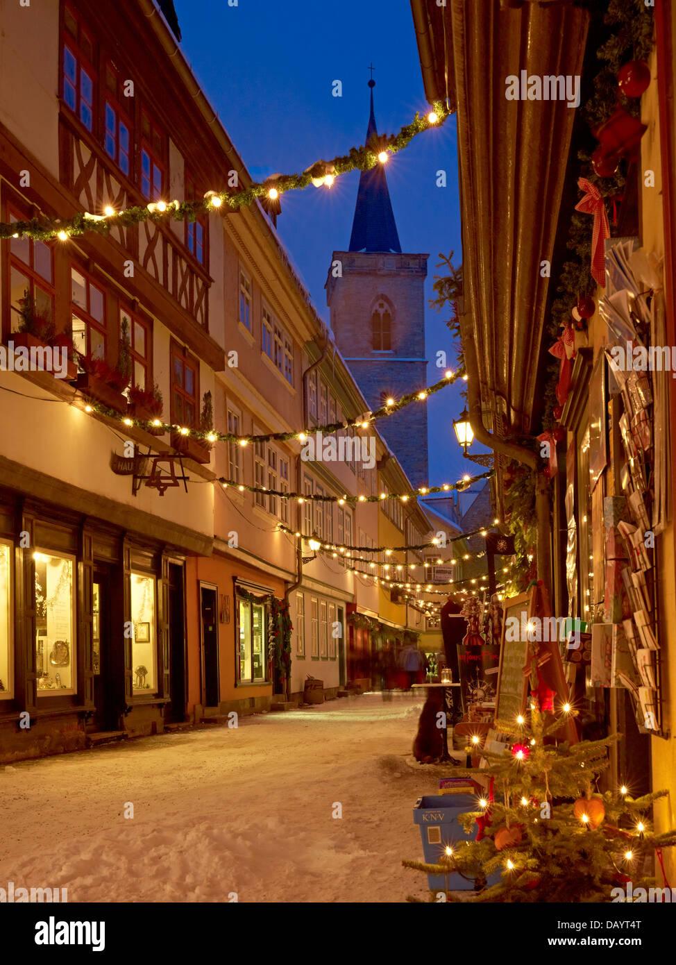 kraemerbruecke lane mit st aegidien kirche an weihnachten. Black Bedroom Furniture Sets. Home Design Ideas