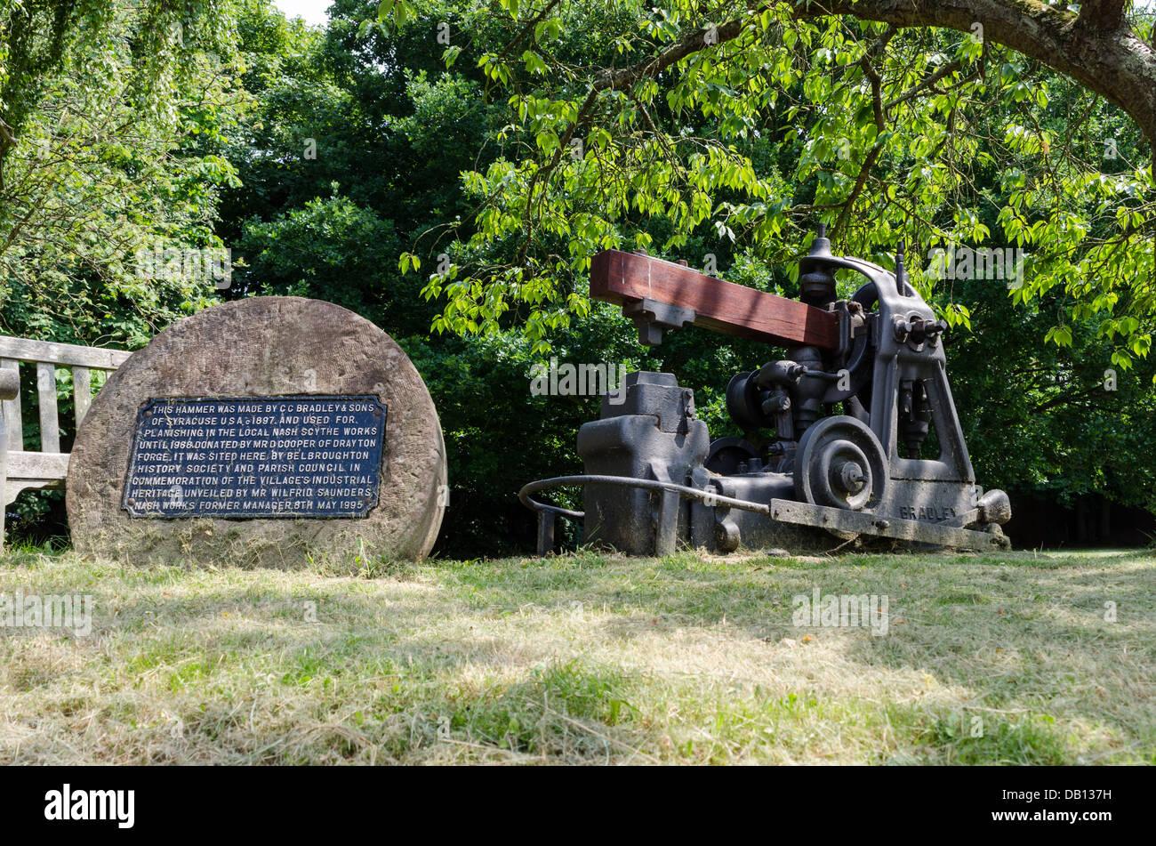 Hammer, die bei der Herstellung von Sensen in Worcestershire Dorf von Belbroughton verwendet wurde Stockbild