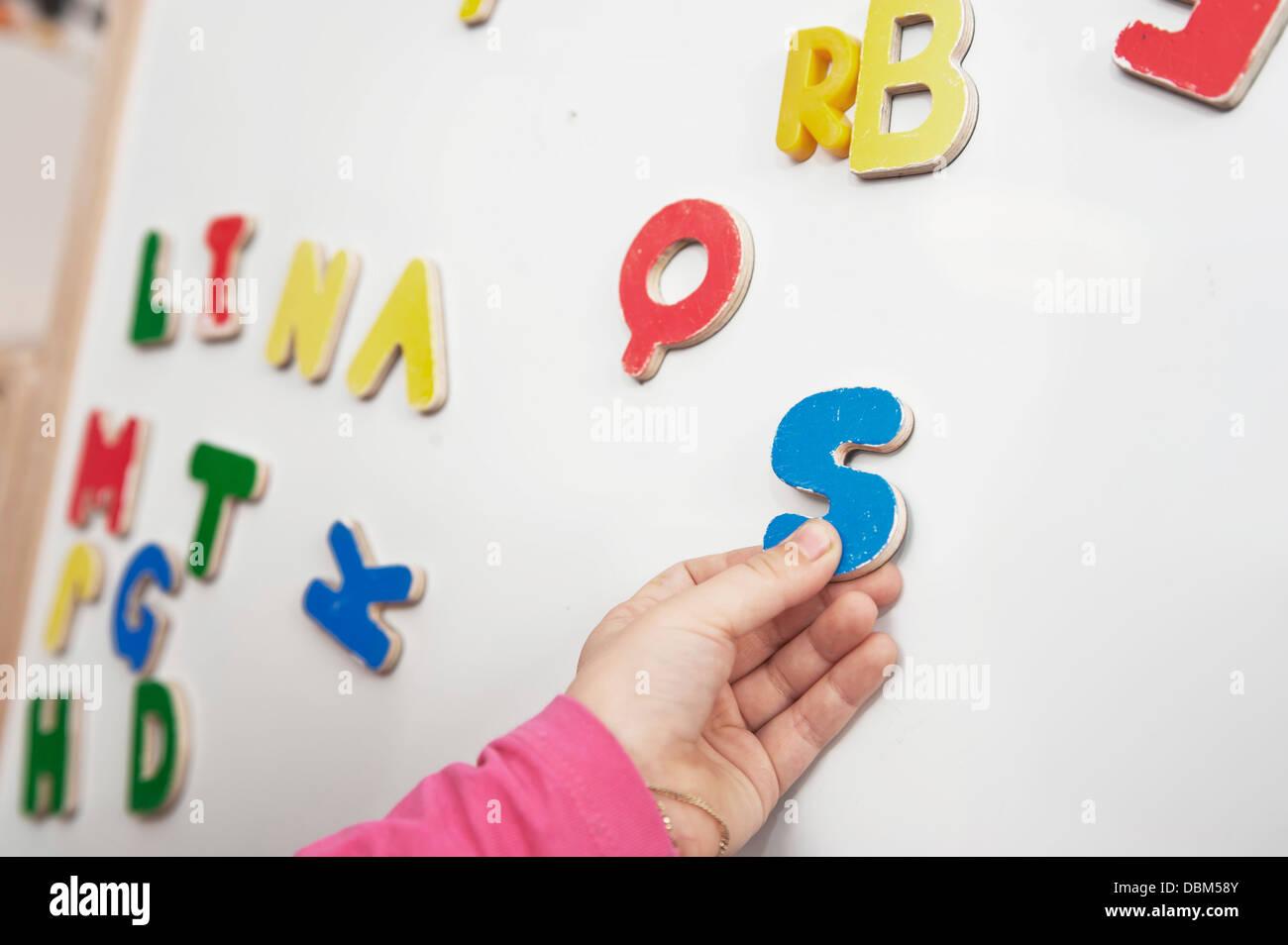 Großbuchstaben auf Blackboard, Nahaufnahme, Kottgeisering, Bayern, Deutschland, Europa Stockbild