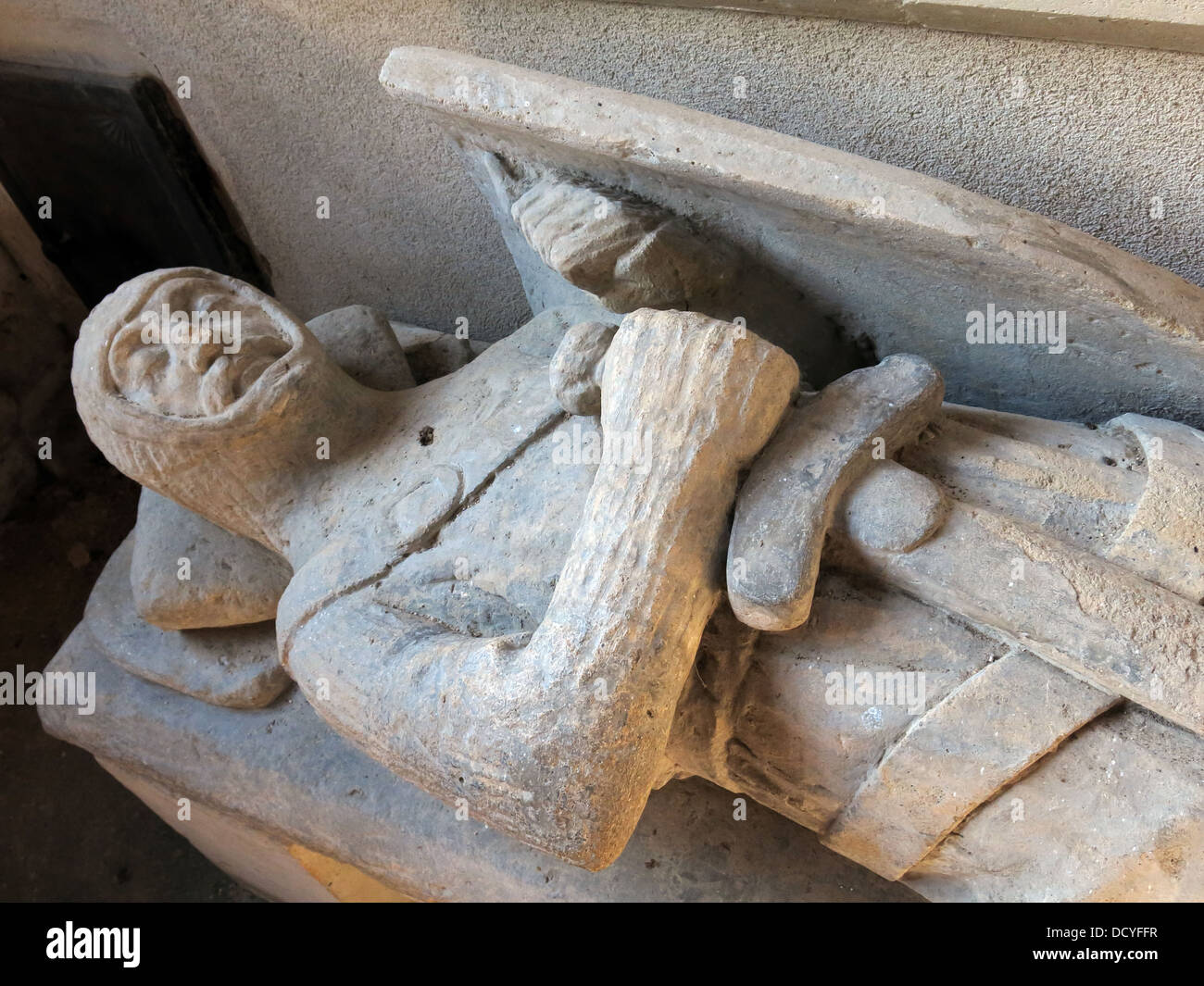 Dieses Stockfoto: Statuen, St Andrews Kirche, Brympton d'Evercy, Yeovil, South West England, UK, BA22 8TD - DCYFFR