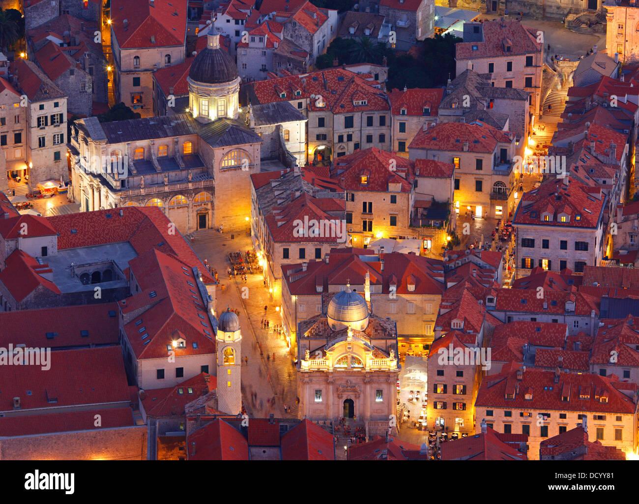 Dubrovnik Kroatien. Luza Square und Kathedrale der Himmelfahrt der Jungfrau Maria. Stockbild
