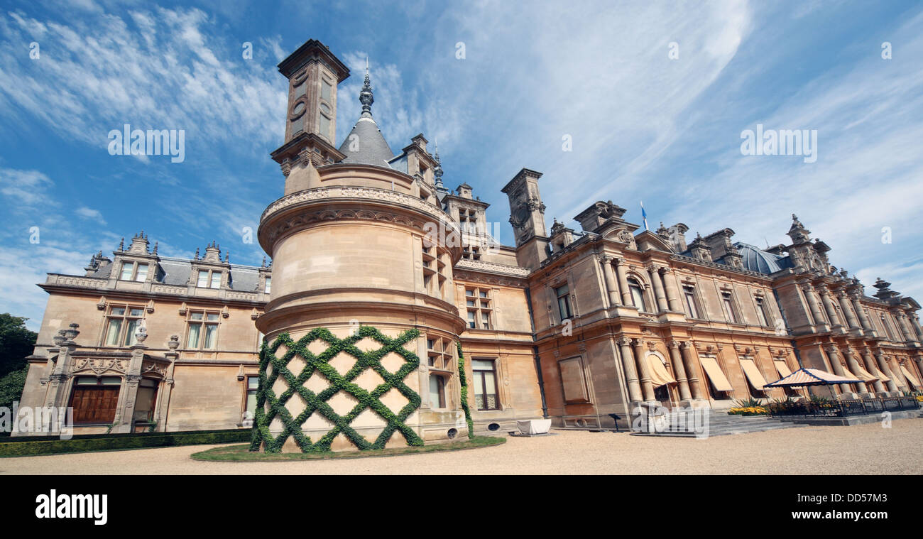 Dieses Stockfoto: Waddesdon Manor, Buckinghamshire, England - DD57M3