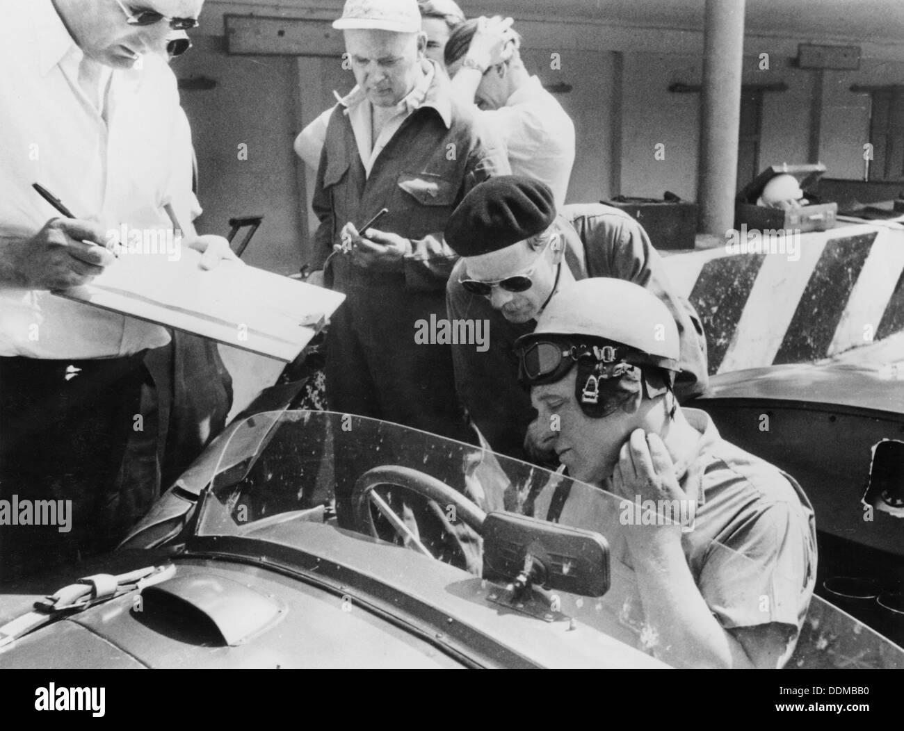 Reg Parnell in Aston Martin DB3S, Monza, 1952. Stockbild