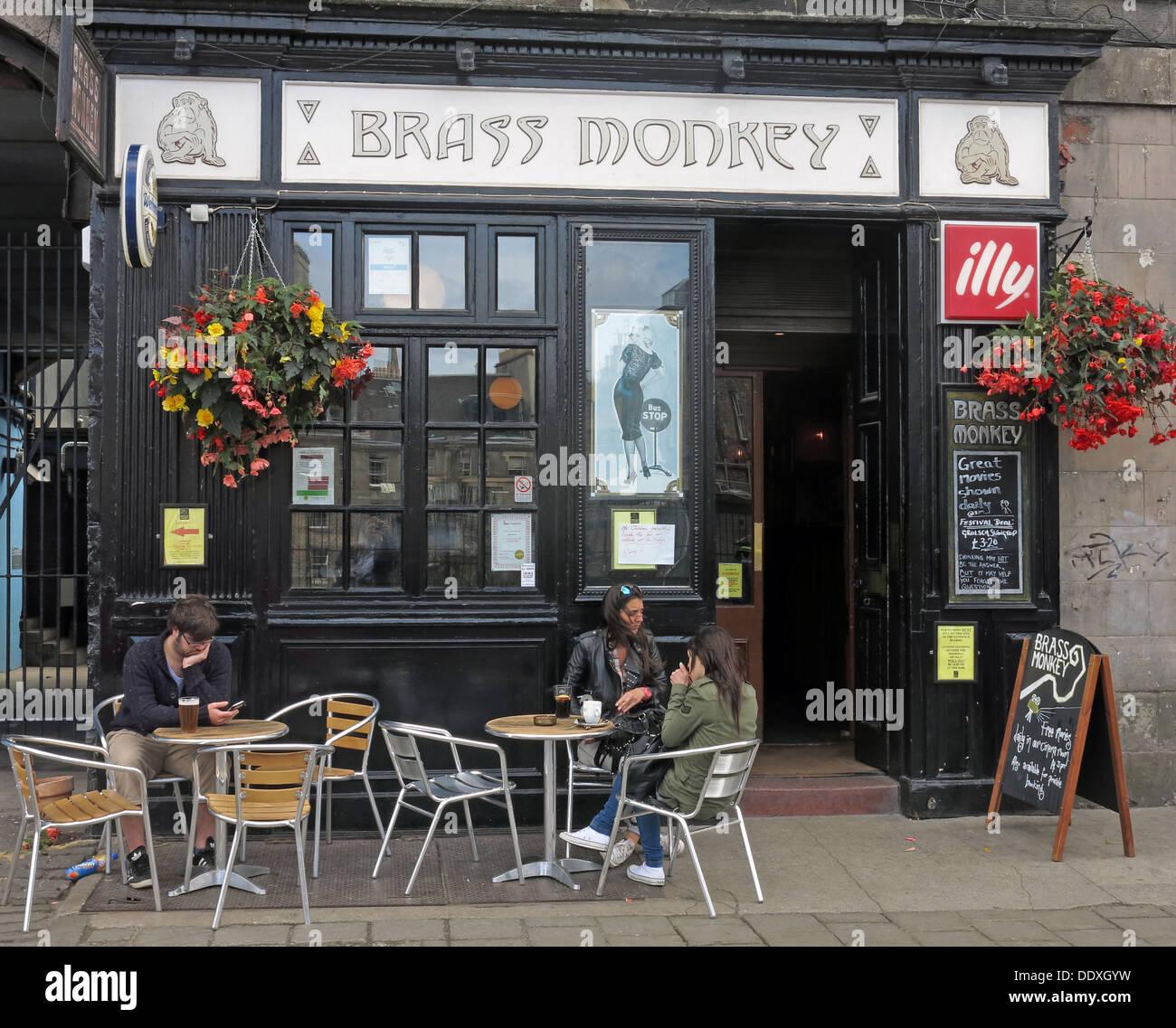 Laden Sie dieses Alamy Stockfoto Brass Monkey Pub, Edinburgh, Schottland, Großbritannien - DDXGYW
