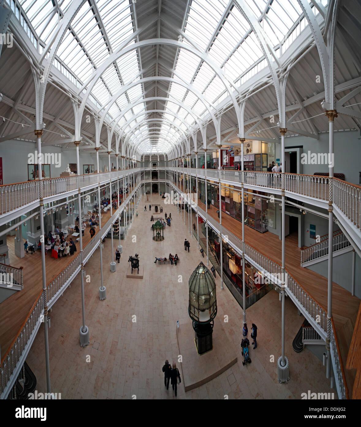 Laden Sie dieses Alamy Stockfoto National Museum of Scotland Interieur, Kammern St Edinburgh Stadt, Scotland UK EH1 1JF - DDXJG2