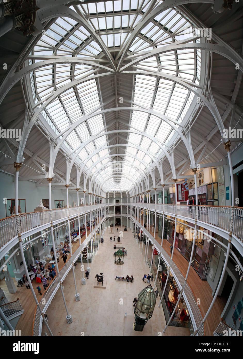 Laden Sie dieses Alamy Stockfoto National Museum of Scotland Interieur, Kammern St Edinburgh Stadt, Scotland UK EH1 1JF - DDXJHT