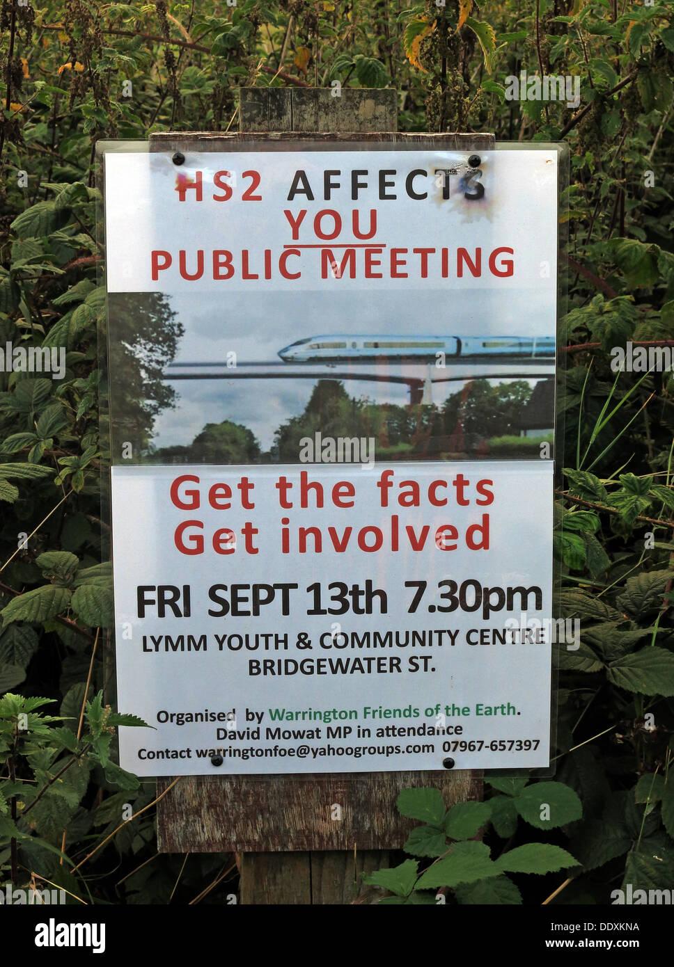 Laden Sie dieses Alamy Stockfoto HS2 betrifft Sie Poster, öffentliche Sitzung, Lymm, Cheshire, England, UK - DDXKNA