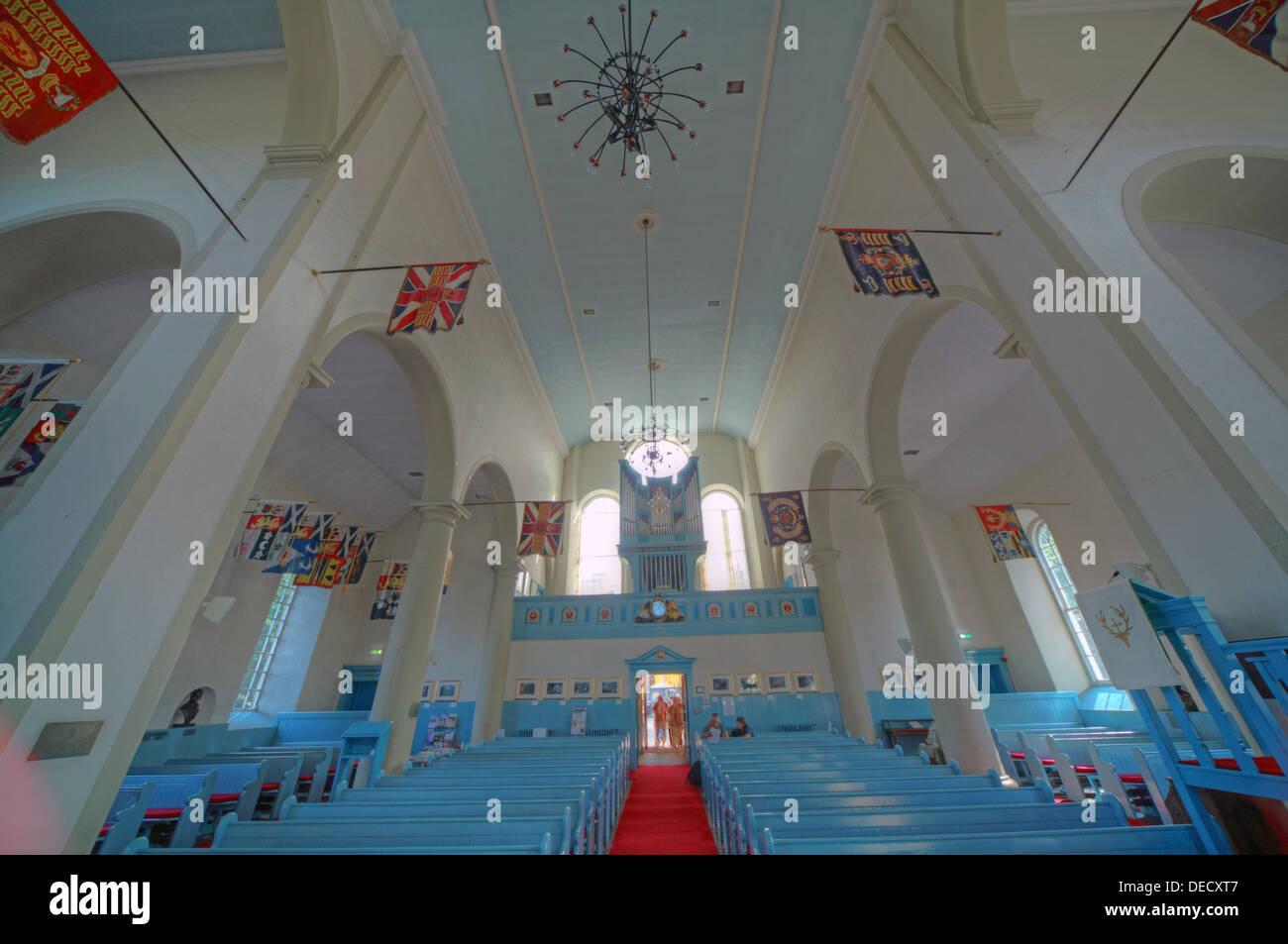 Laden Sie dieses Alamy Stockfoto Canongate Kirk Kirche Edinburgh Royal Mile, Schottland, UK Interior Weitwinkeleinstellung - DECXT7
