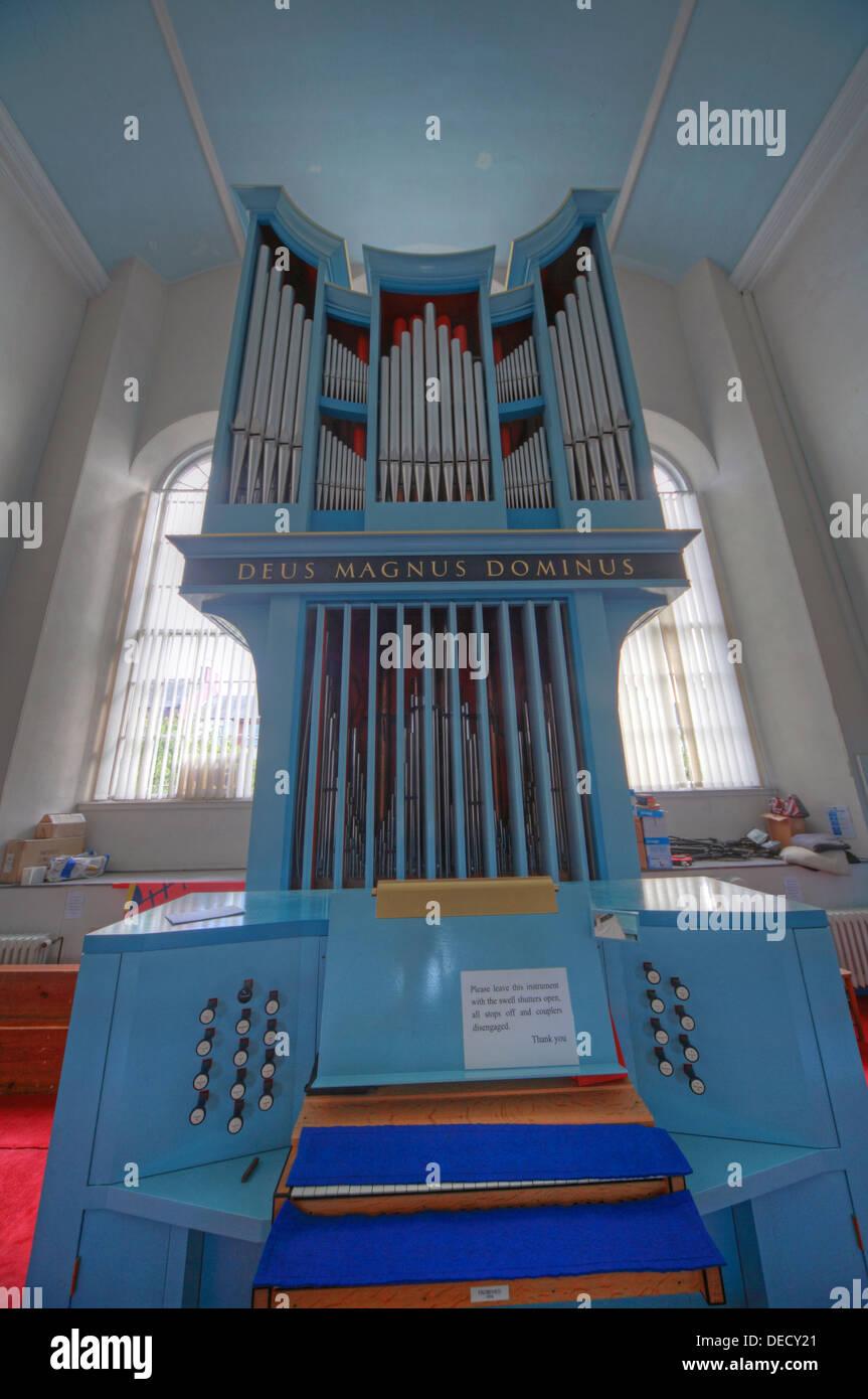Laden Sie dieses Alamy Stockfoto Canongate Kirk Kirche Edinburgh Royal Mile, Schottland, UK-Orgel auf der oberen Ebene - DECY21