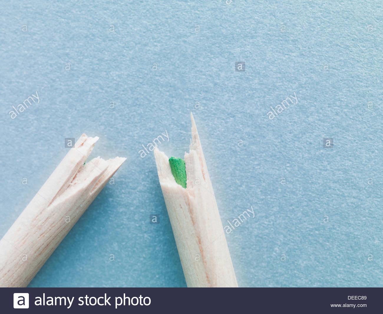 Farbe Bleistift Stücke gebrochen Stockbild