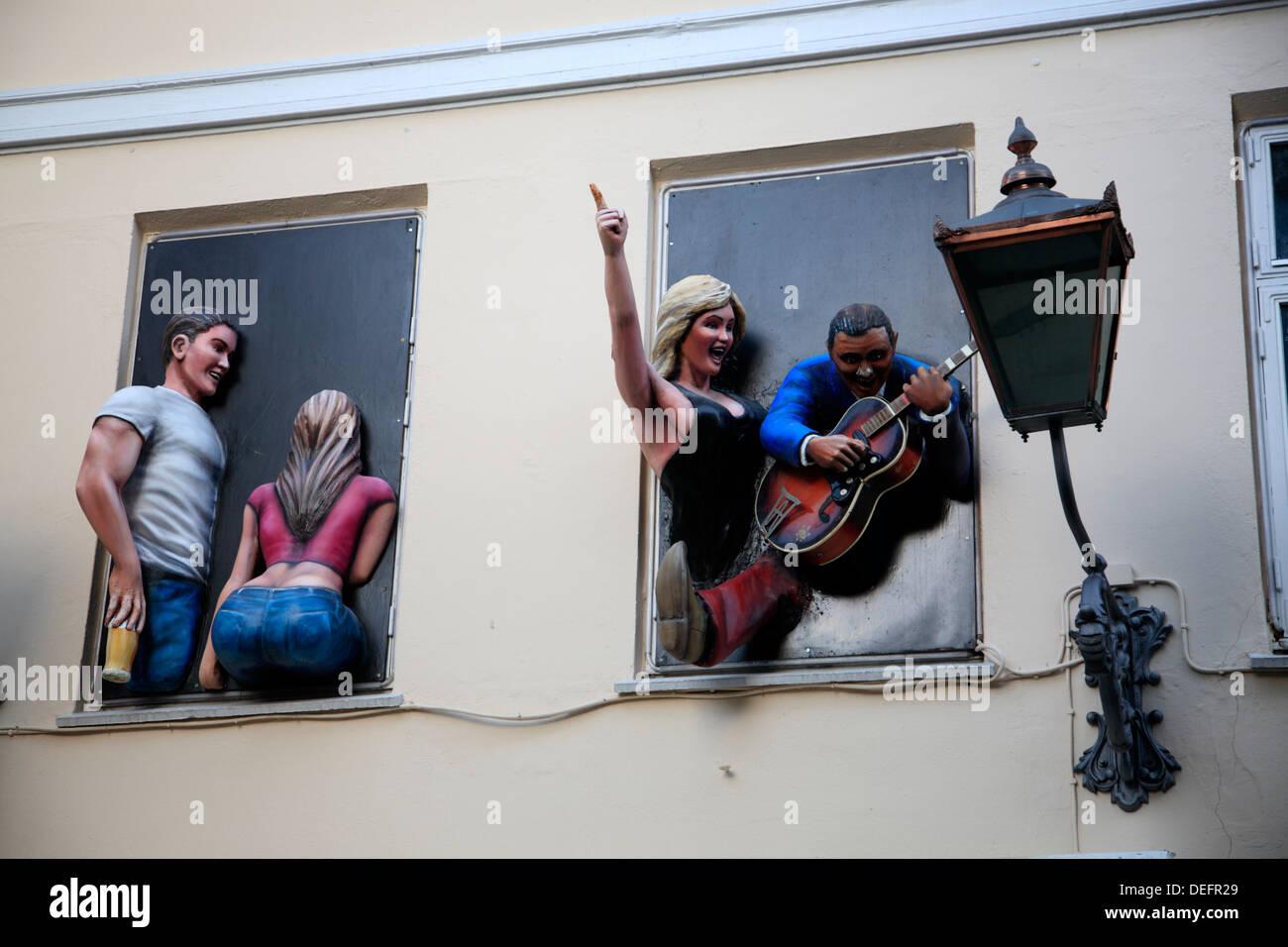 Kunst auf einer Gebäudefassade eines Musik-Café, Arhus, Jütland, Dänemark, Europa Stockbild