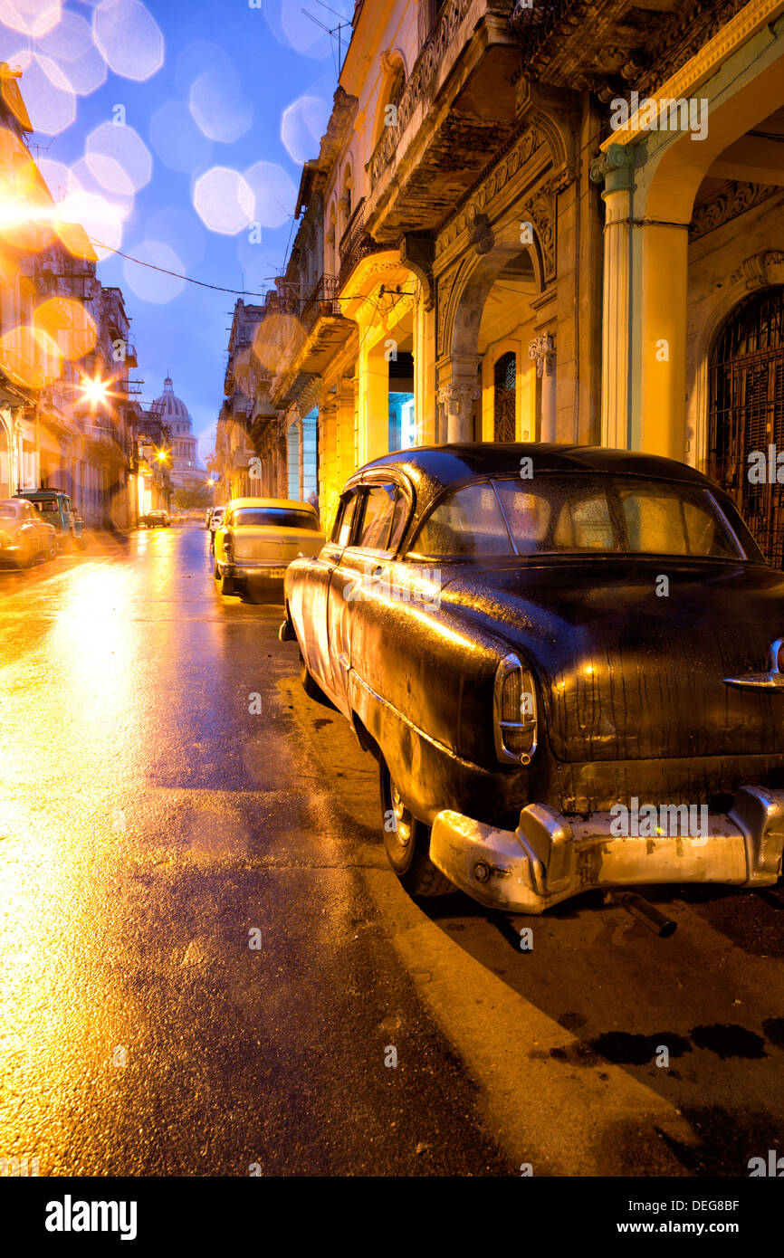 Niedrigen Licht Blick auf dem Capitolio, Havanna Centro, Havanna, Kuba, West Indies Stockbild