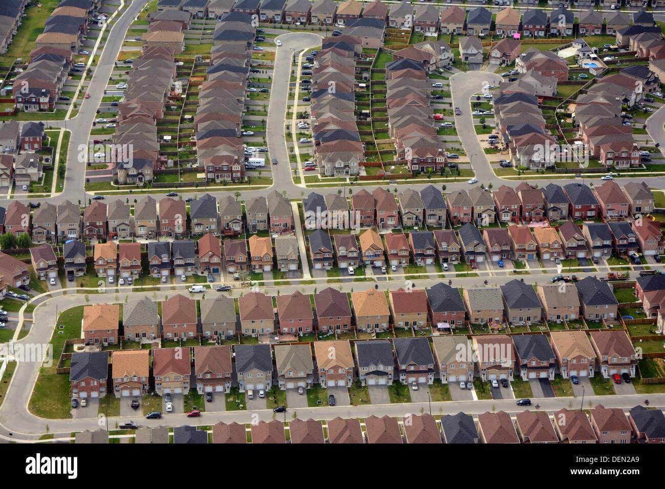Neue Nachbarschaft in den Vororten, Ontario Stockbild