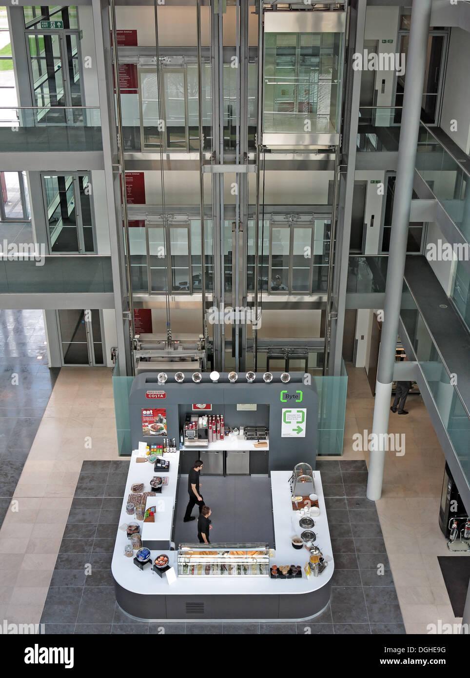 Laden Sie dieses Alamy Stockfoto Byte-Cafe, Green Park Büros, 486 Sockel, Reading, Berks, England, UK - DGHE9G