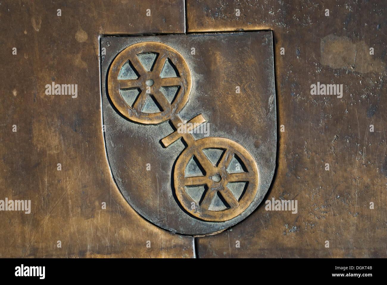 Wappen in Bronze, Mainz, Hauptstadt des Landes Rheinland-Pfalz Stockbild