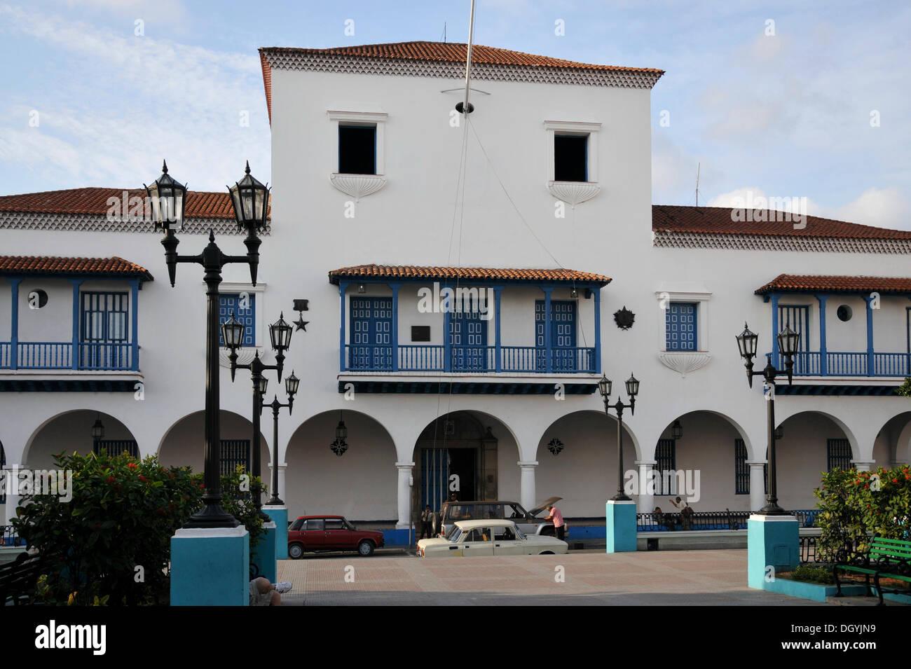 Fidel Castro Balkon, Rathaus, Parque Cespedes, Altstadt, Santiago de Cuba, Kuba, Karibik, Zentralamerika Stockbild
