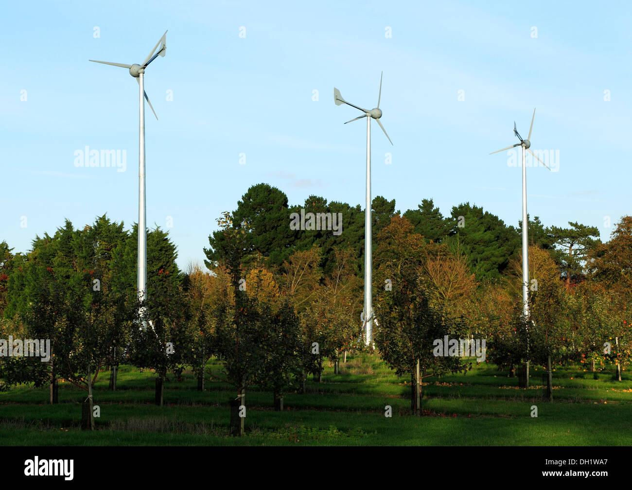 Heimischen Windkraftanlagen, Turbine, grüne Energie UK Stockbild