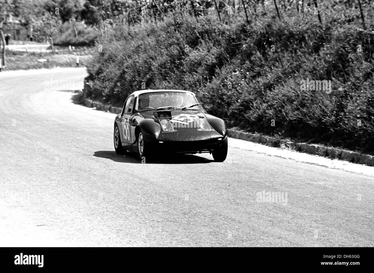 Jack Wheeler-Martin Davidsons Austin Healey Sprite in der Targa Florio, Sizilien 5. Mai 1968. Stockbild
