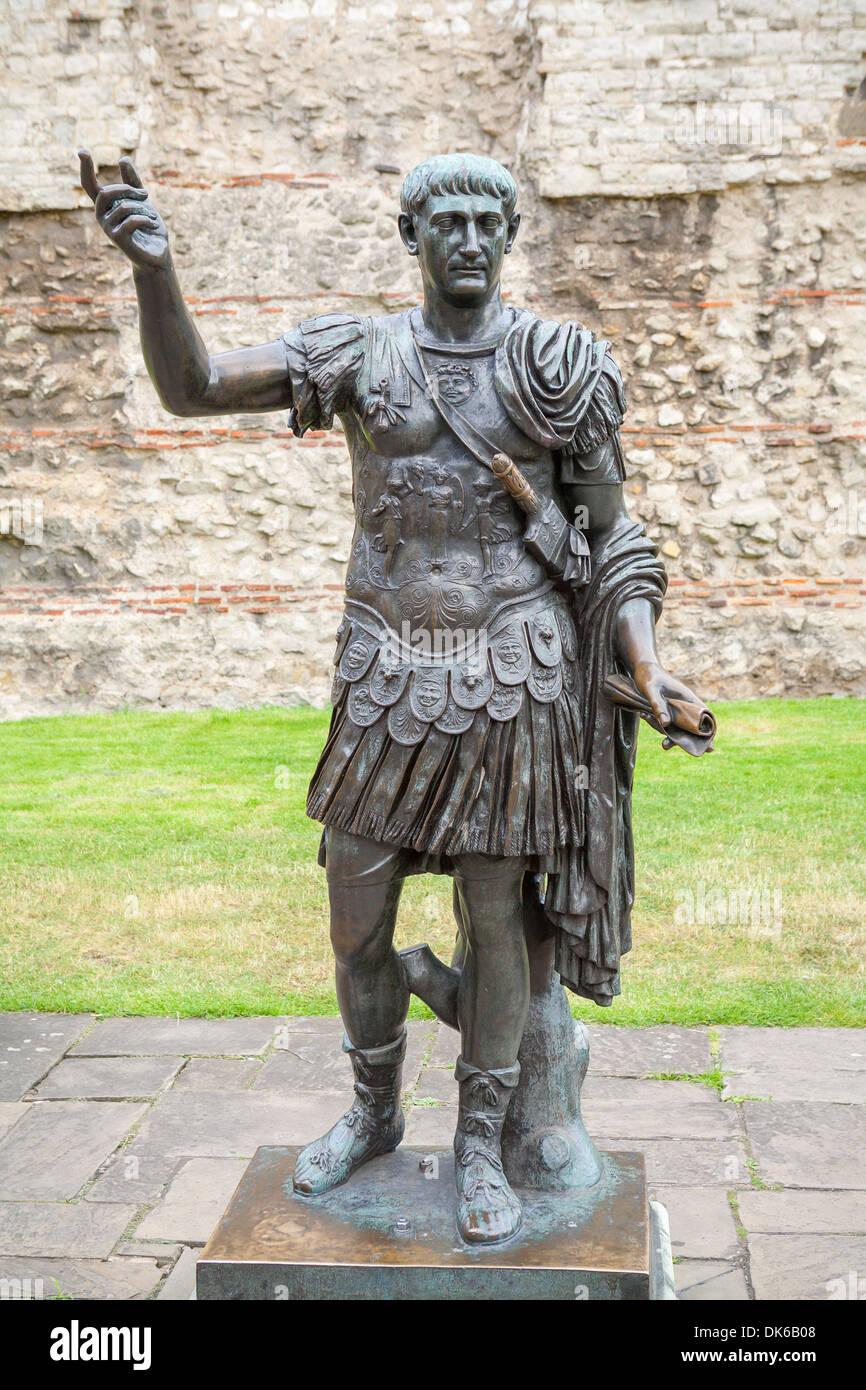 Statue von Trajan. London, UK Stockbild