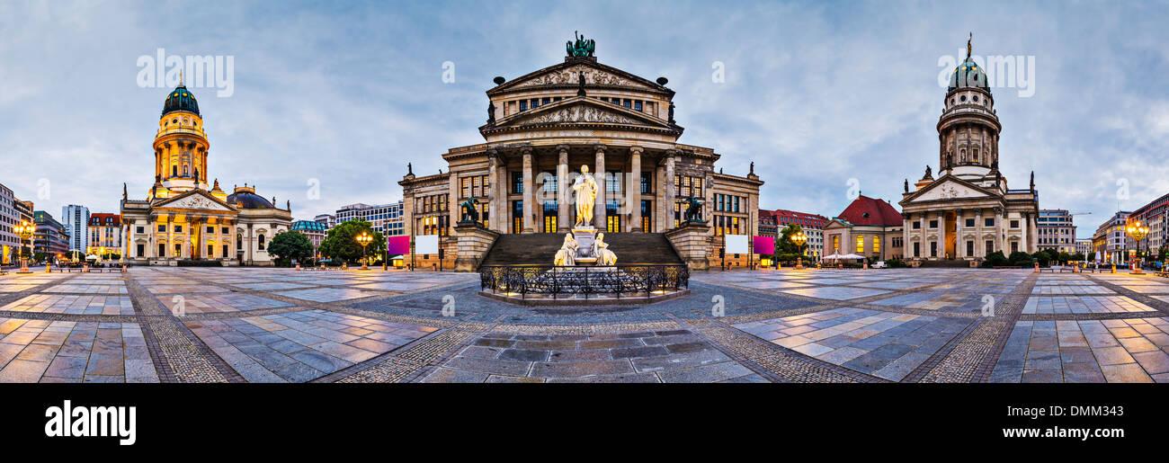 Berlin, Deutschland am historischen Gendarmenmarkt Quadrat. Stockbild