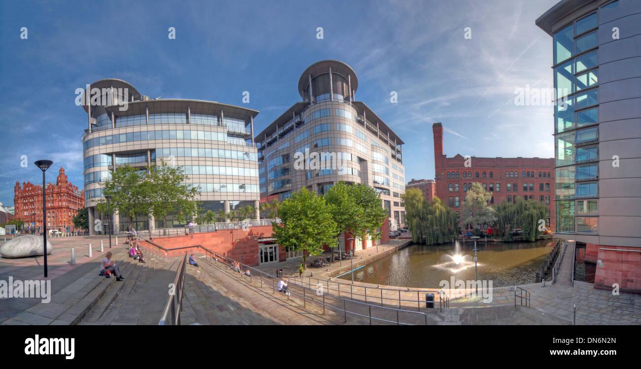 Laden Sie dieses Alamy Stockfoto Weitwinkeleinstellung von Bridgewater Hall & 101 Barbirolli Platz Manchester, England UK - DN6N2N
