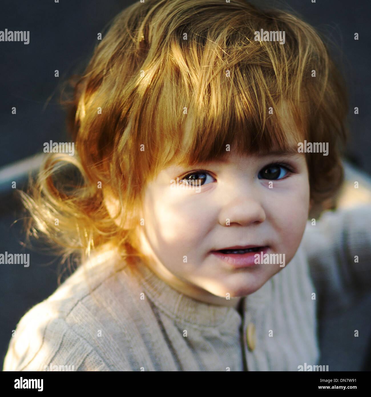 Porträt eines kleinen Jungen Stockbild