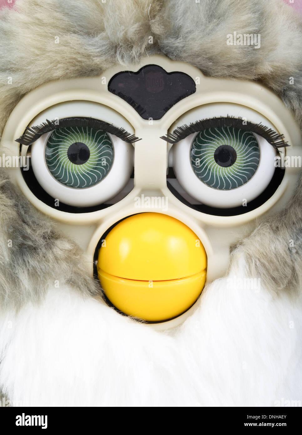1998 Furby elektronische Roboter Spielzeug von Tiger Electronics Stockbild