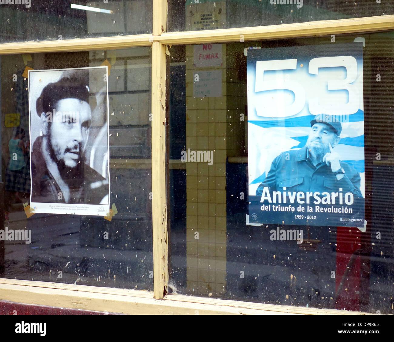 Poster von Che Guevara und Fidel Castro in Havanna, Kuba Stockbild