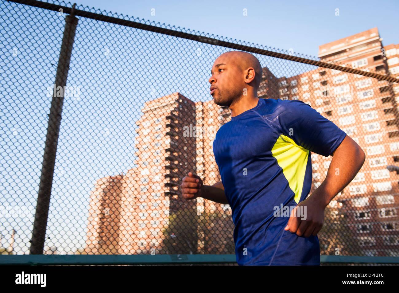 Mann, jogging Stockbild