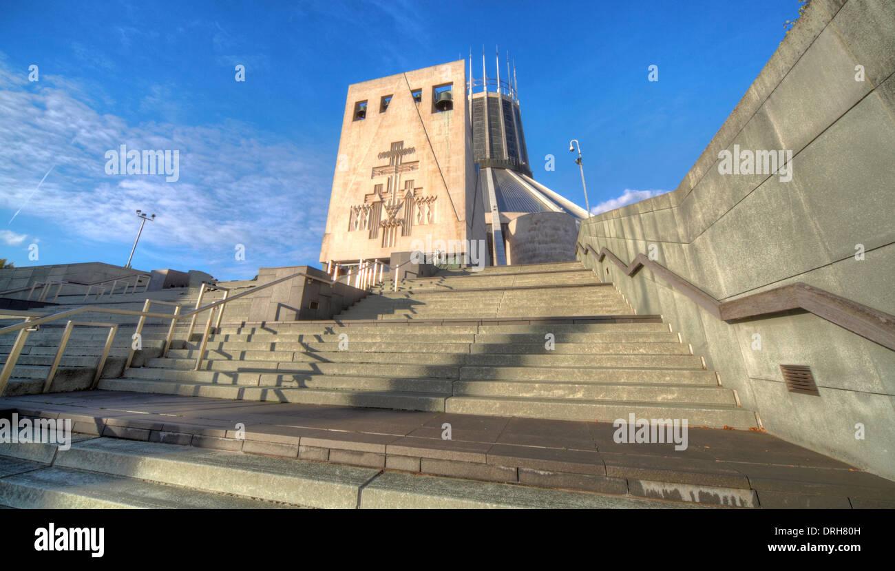 Laden Sie dieses Alamy Stockfoto Liverpool katholische Kathedrale von Christus dem König, England UK - DRH80H