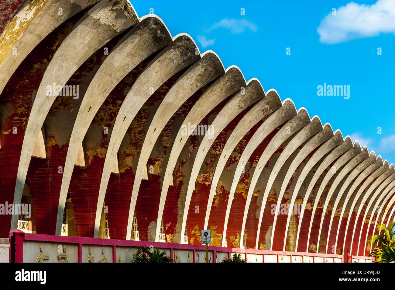 alte Fußball-Stadion, Malecon, direkt am Meer Bereich, Havanna, Kuba, Caribbean Stockbild