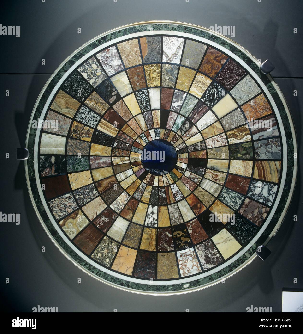 Tischplatte aus alten Roman Marbles Stockbild