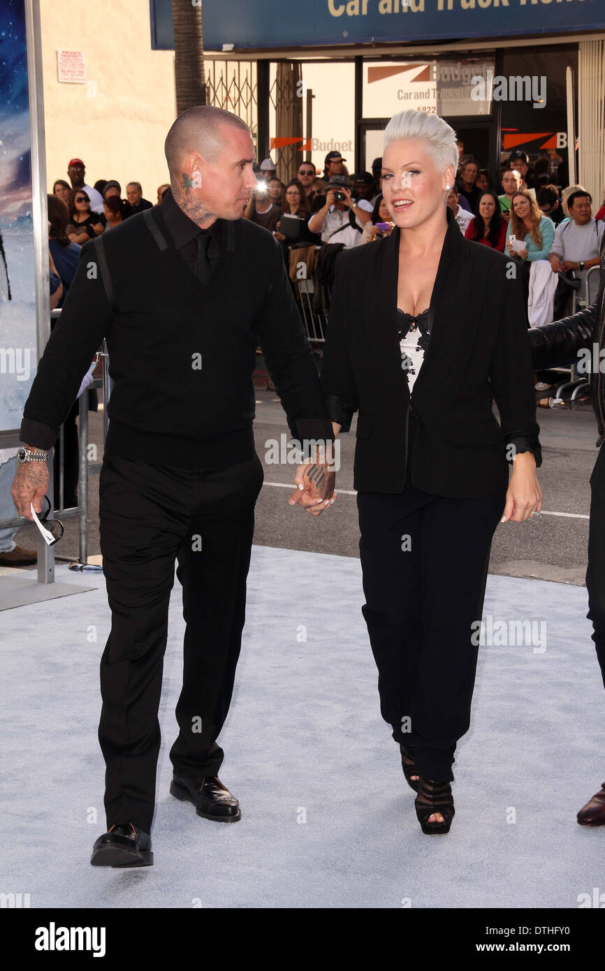 """Carey Hart, Alecia Rosa"""""""" Moore bei der """"Happy Feet 2"""" Welt Premiere, Chinese Theater, Hollywood, Stockbild"""