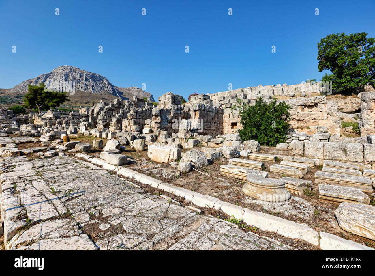 Lechaion-Straße im antiken Korinth, Griechenland Stockbild