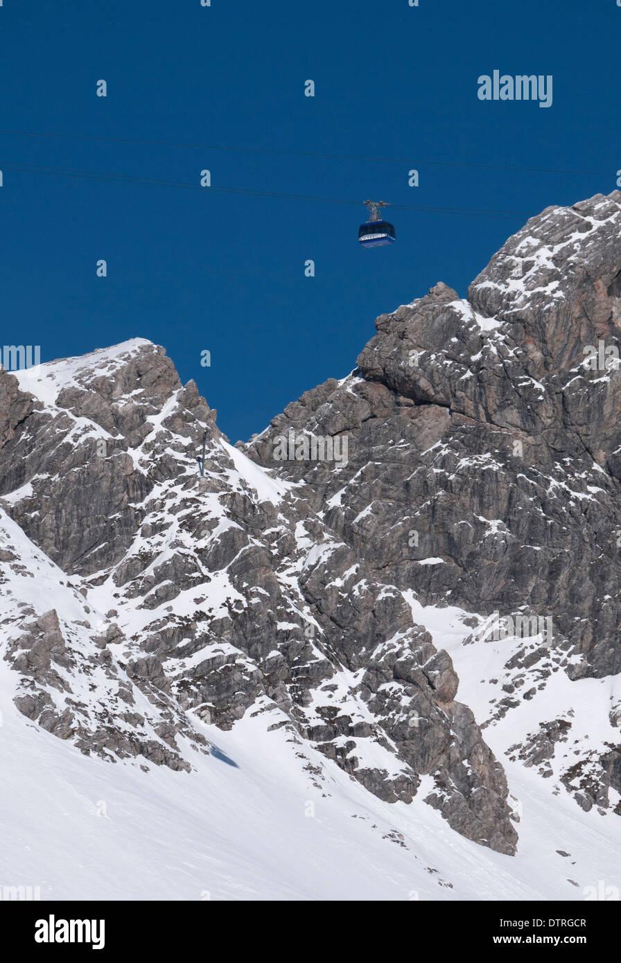 Valluga Bahn Seilbahn im Skigebiet St. Anton am Arlberg, Österreich Stockbild