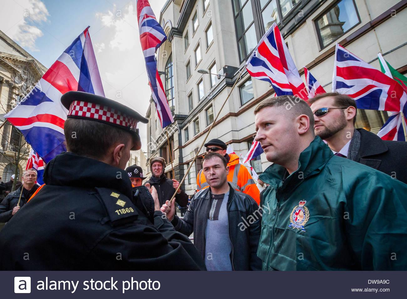 Paul Golding Führer der rechten Patriot-Britain First-Gruppe vor Gericht Old Bailey in London. Stockbild