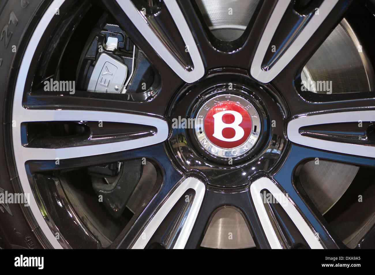 Nahaufnahme von Bentley Felge Stockbild