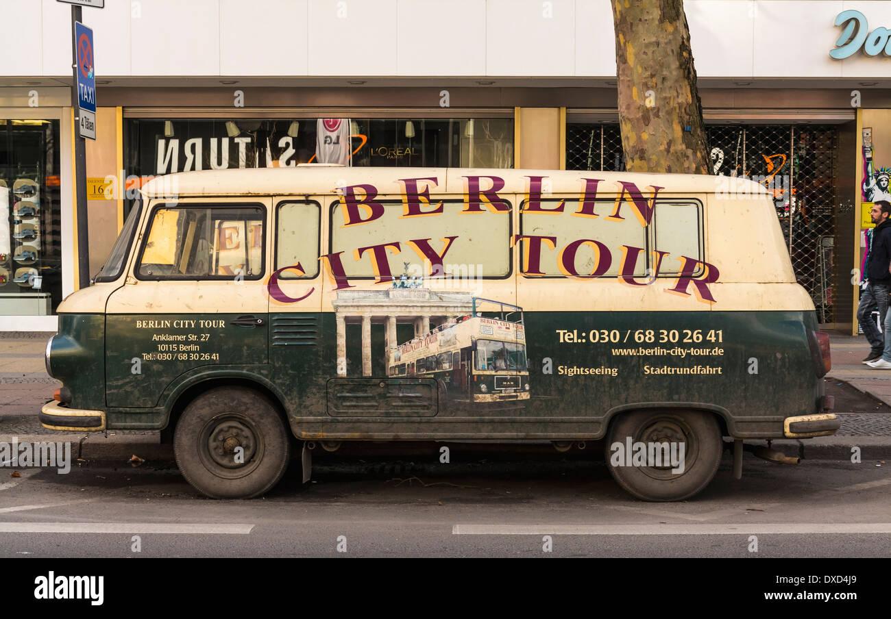 Berlin City Tour van / Bus, Berlin, Deutschland, Europa Stockbild