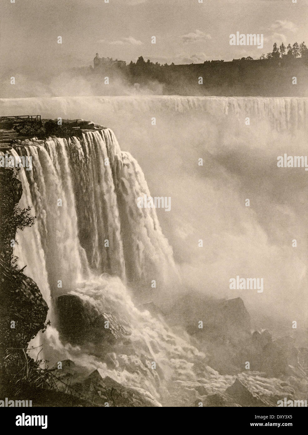 Horseshoe Falls, Teil von Niagara Falls, der 1890er Jahre. Stockbild