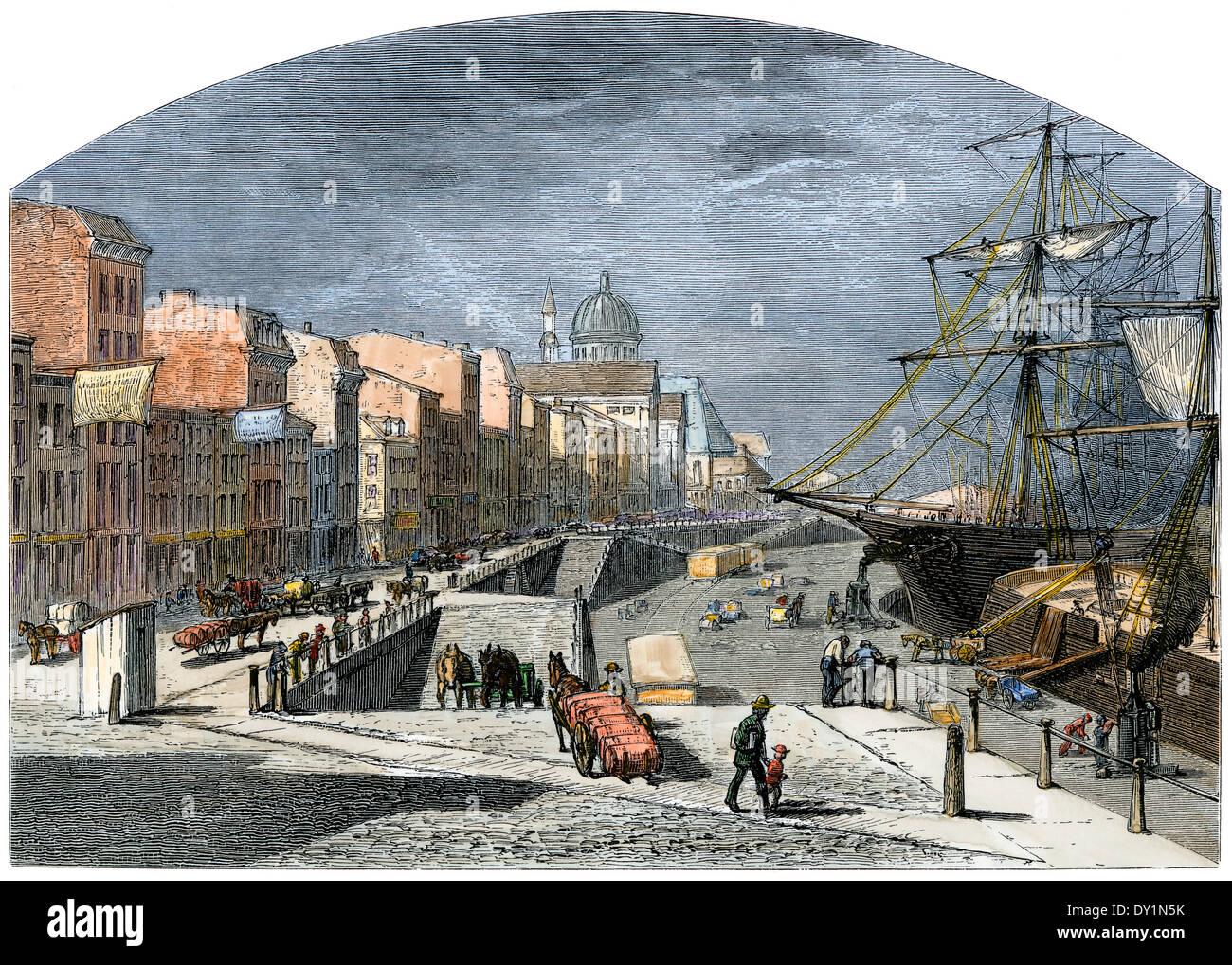 Laden St. Lawrence River Schiffe an der Küste von Montreal, der 1870er Jahre. Stockfoto