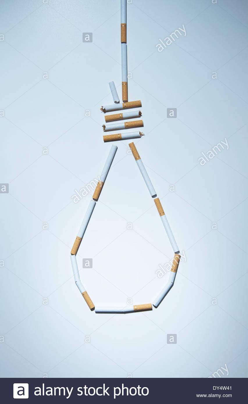 Henkers Knoten aus Zigaretten gefertigt Stockbild
