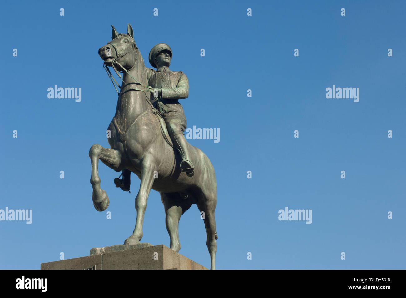 Statue von Mustafa Kemal Atatürk, Gründer der modernen Türkei, Izmir, Türkei. Stockbild