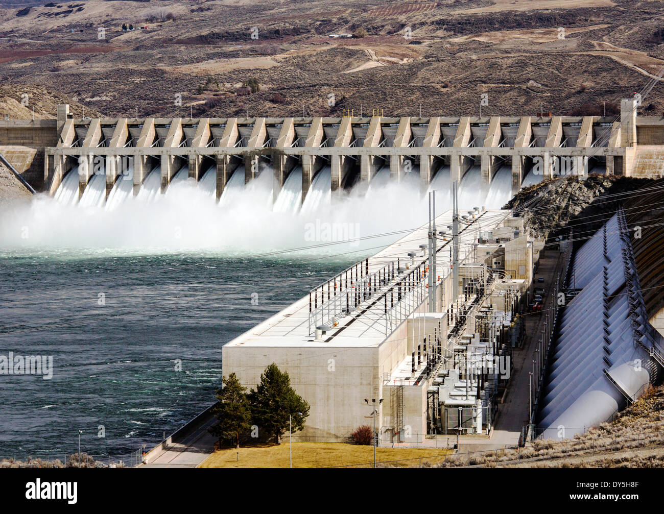 hydroelectric power station dam stockfotos hydroelectric power station dam bilder alamy. Black Bedroom Furniture Sets. Home Design Ideas