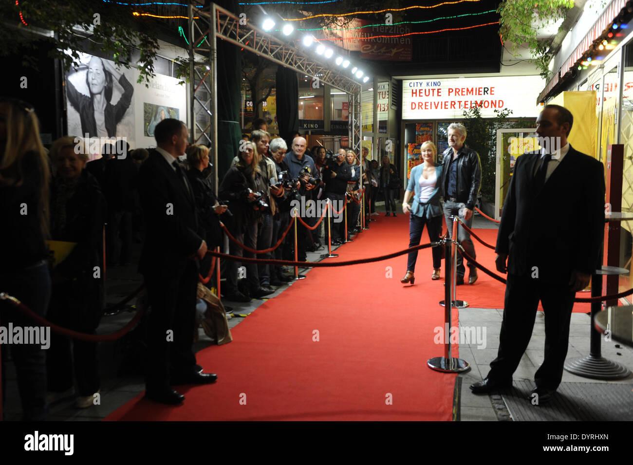 """Filmpremiere von """"Drei Viertel Mond"""" in München, 2011 Stockbild"""