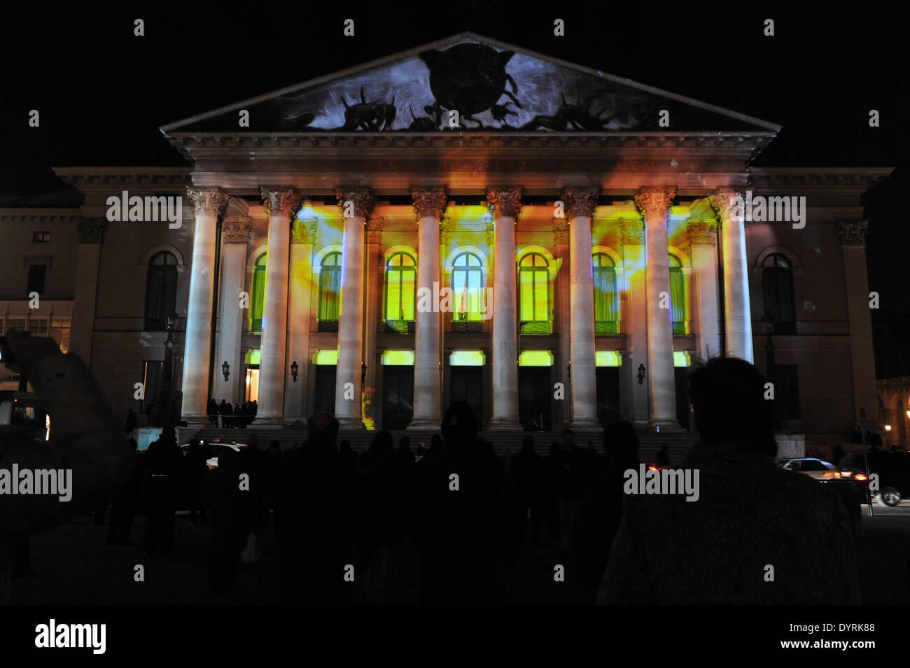 """Die Premiere von """"Rheingold"""" an der Bayerischen Staatsoper in München, 2012 Stockbild"""