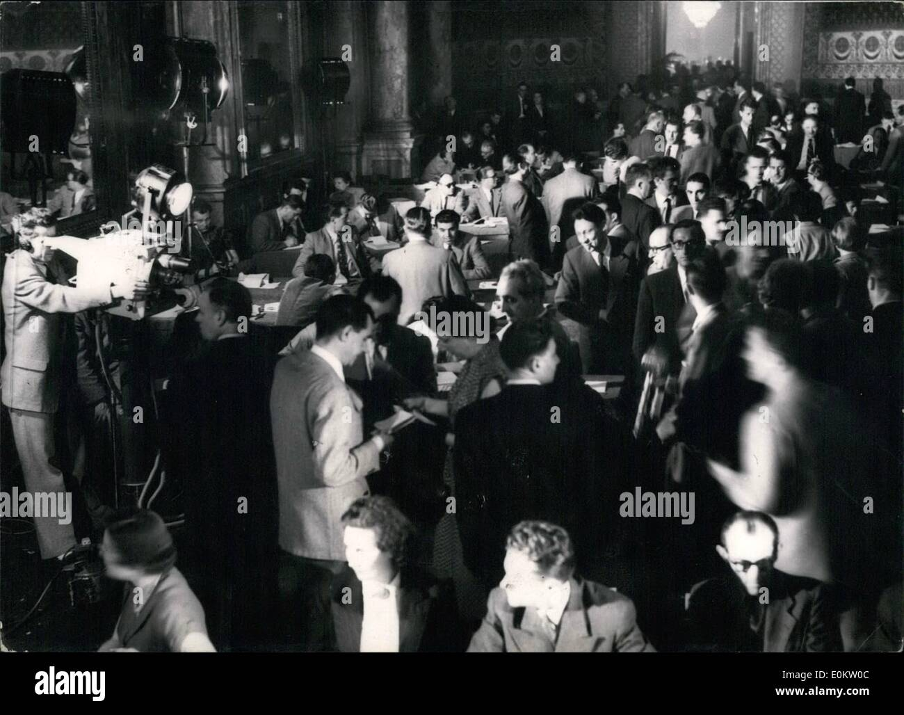 6. Juni 1951 - tötet Mann legendäre Hirsch - Deutschland. Stockbild