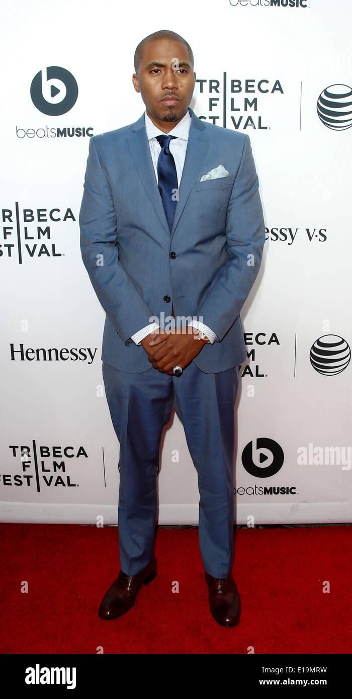 """Rapper Nas besucht die Weltpremiere von """"Zeit ist Illmatic"""" die 2014 TriBeCa Film Festival Opening Night. Stockbild"""