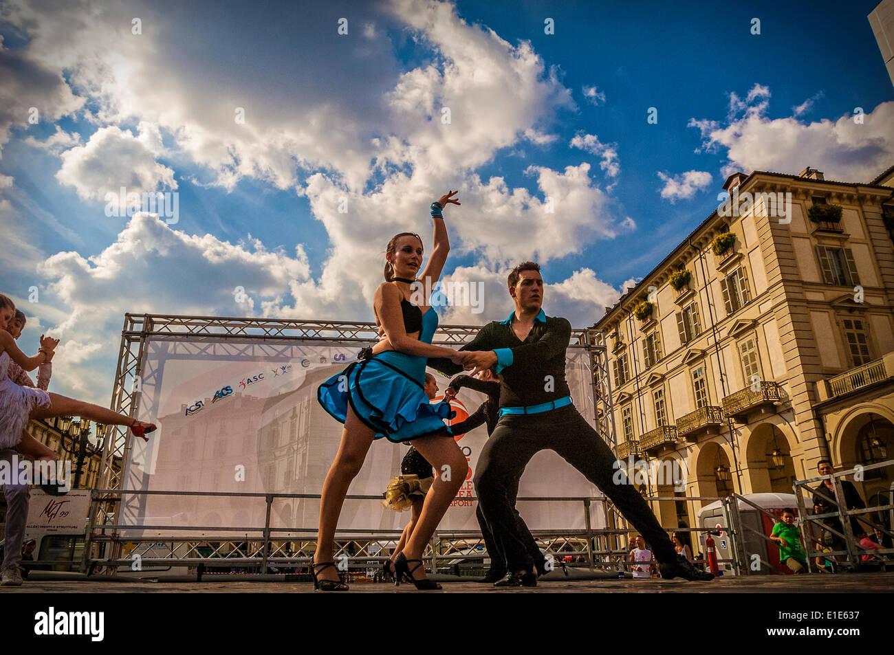 """Turin, Italien. 1. Juni 2014. Veranstaltung """"geht der Sport auf dem Platz in Turin"""". Turin war die Kulturhauptstadt Stockbild"""