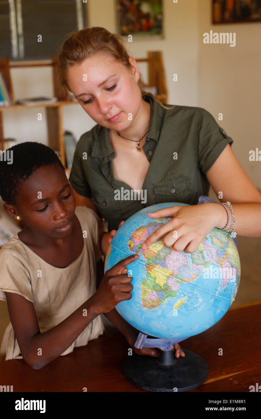 Schulmädchen mit ihren sponsor Stockbild