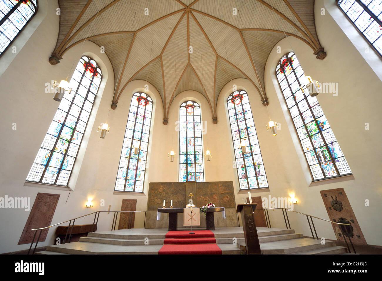 altar und chor st katharinen kirche die gr te kirche in frankfurt am main hessen. Black Bedroom Furniture Sets. Home Design Ideas